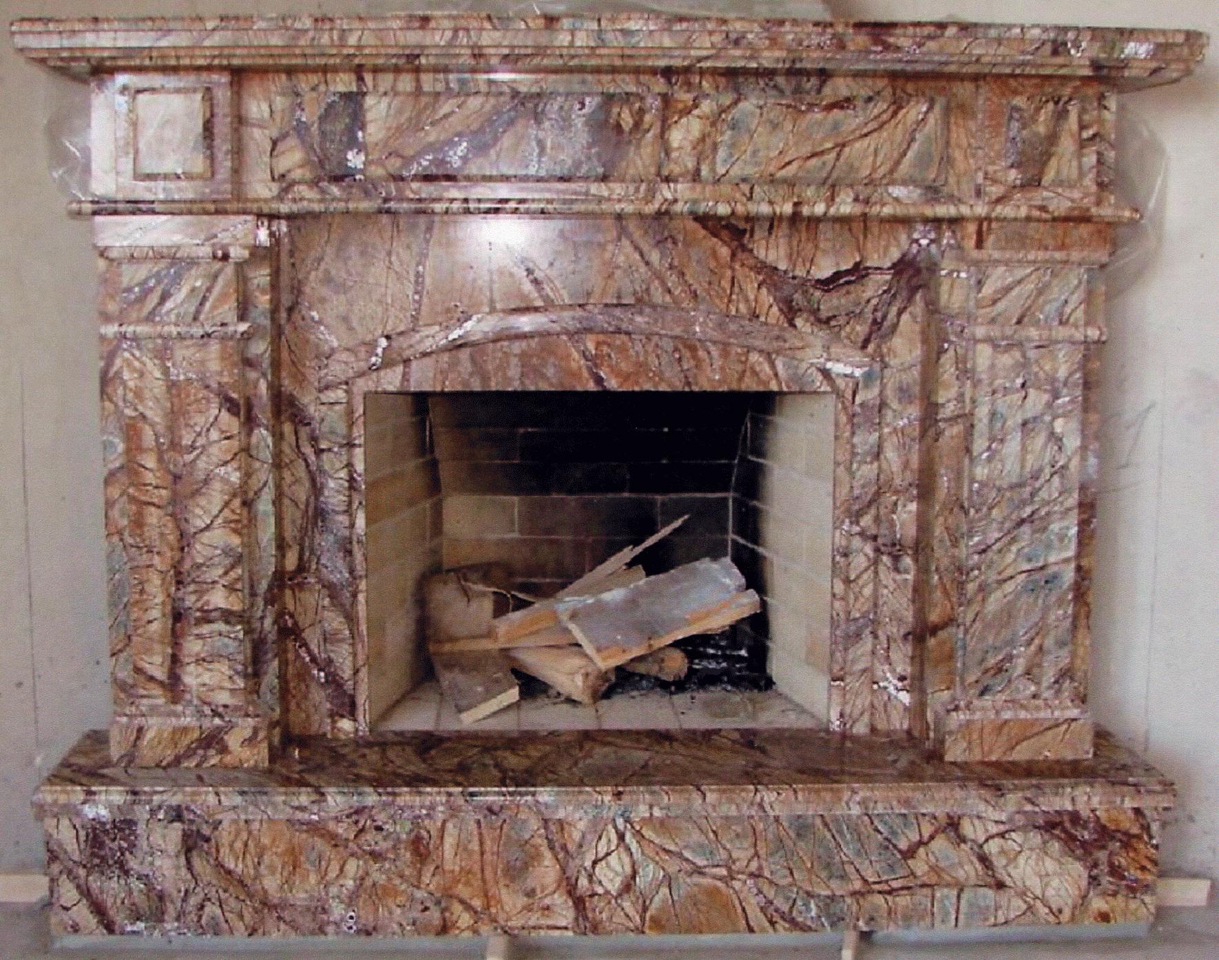 Камин в доме на ул. Институтская