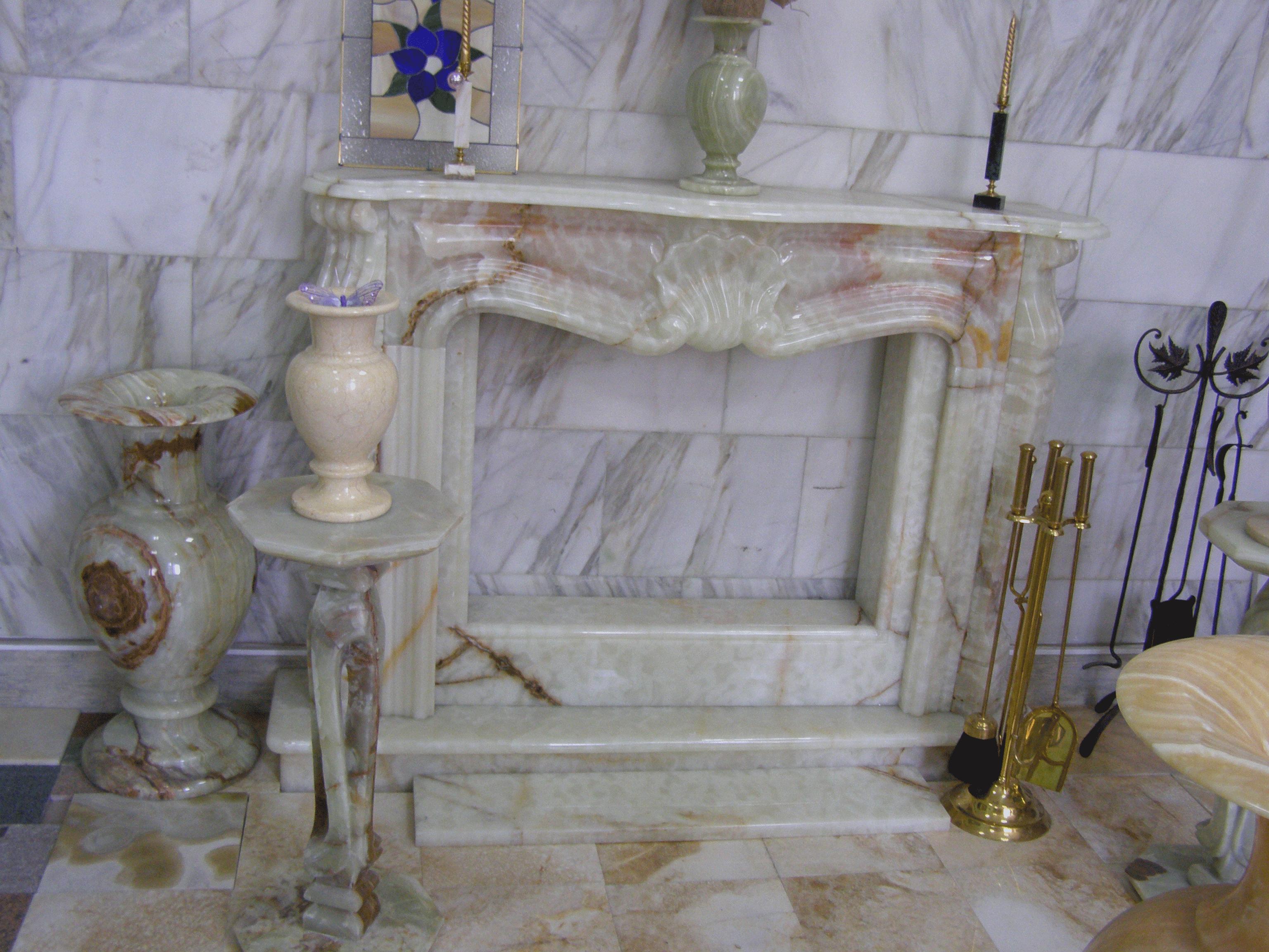 Камин в доме на ул. Хрещатик